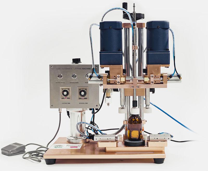 Tappatrici Semiautomatiche universali per qualsiasi tipo di bottiglia